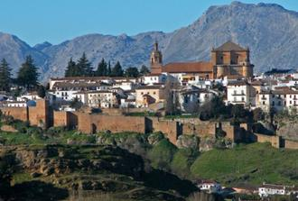 Day trip from Cadiz to the white villages from (Ronda, Arcos ...)