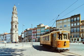 Porto City Tour and Fado Dinner