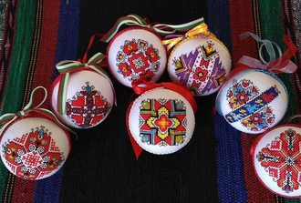 Bulgarian Authentic Private Crafts Workshop in the Rose Valley - Color Embroidery Workshop