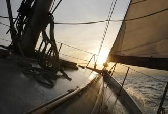 Private Sunset Sailing Tour (Max. 8 people)