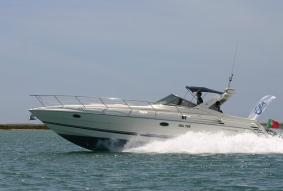 Yacht Charter - Power Boat (1/2 Day)